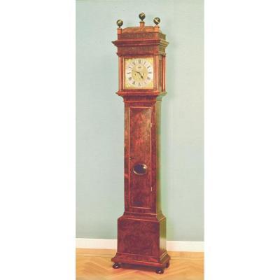 Une Belle Et Très Rare Ronce De Noyer Précoce Horloge Longue Amsterdam