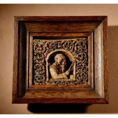 A Very Interesting Miniature Wax Sculpture By: Manna De Wijs-mouton The Hague 1873-1947