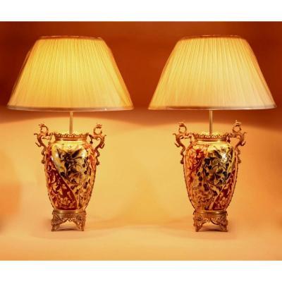 Une Paire De Lampes à Paraffine Peintes à La Main En Céramique Spectaculaires Et Magnifiques.