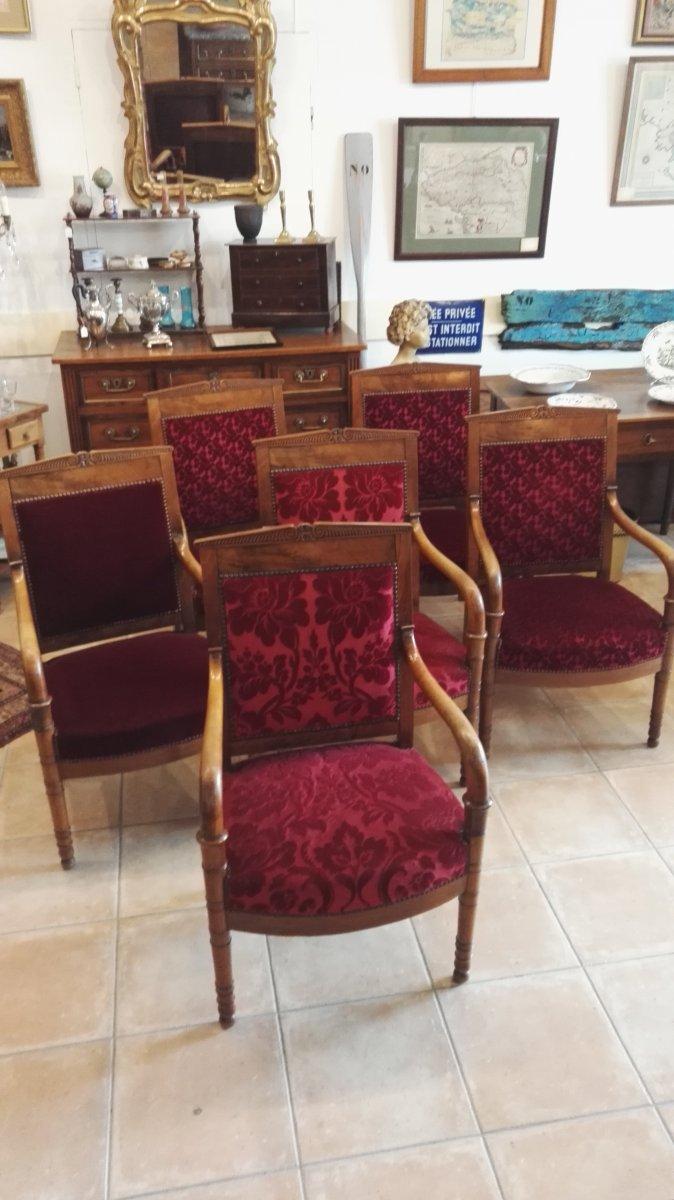Série De 6 Fauteuils Restauration En Noyer, Communauté Religieuse