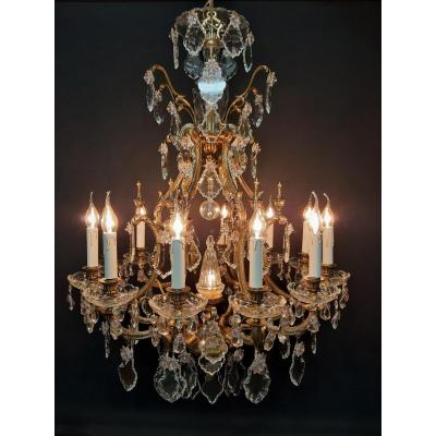 Superb Spanish Chandelier With 13 Light Points