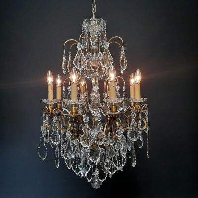 Magnificent French Chandelier With 8 Light Points