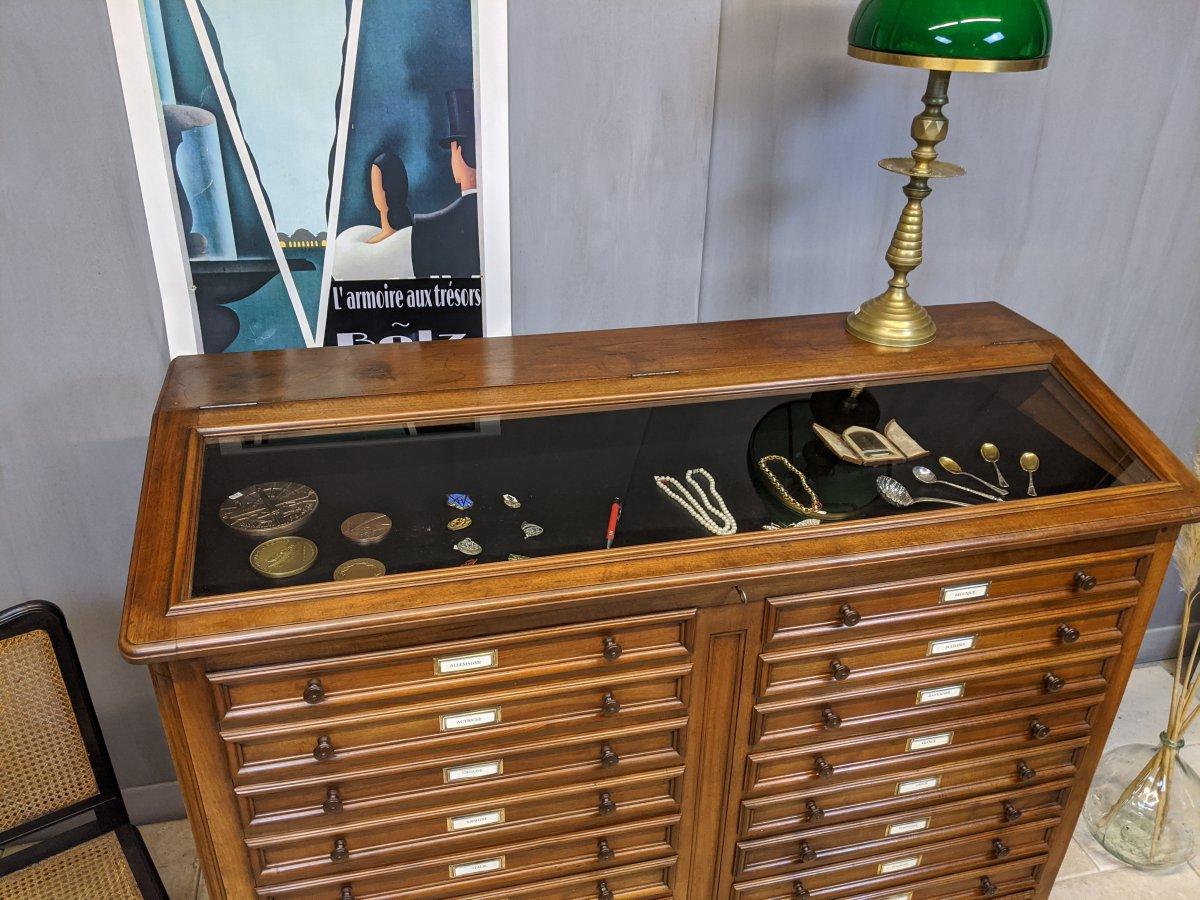 Meuble De Métier 20 Tiroirs vitrine  Noyer Médaillier Collection Horloger  Montre