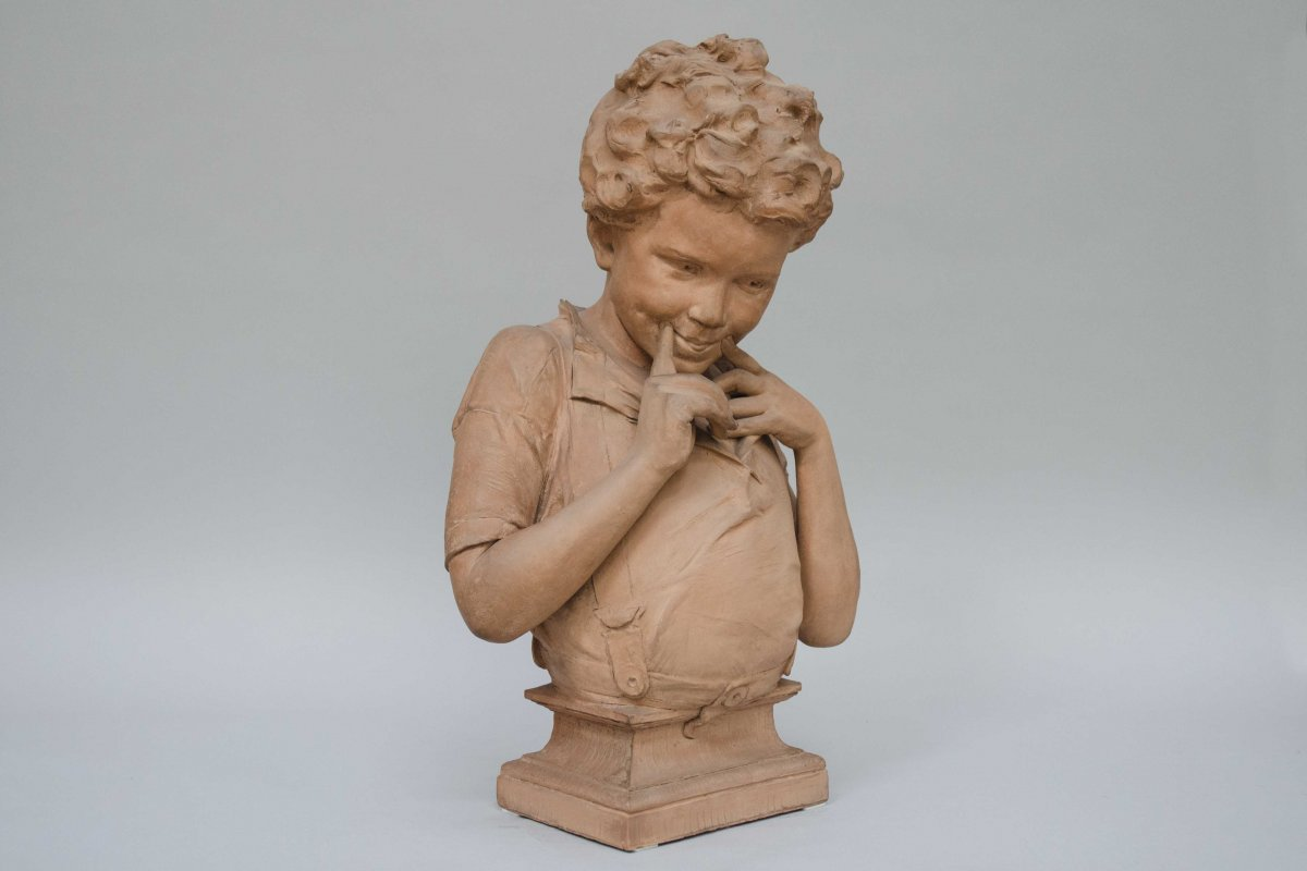 "Terracotta, ""l'espiègle"" By Willems Joseph (anvers1845- Muizen 1910)"