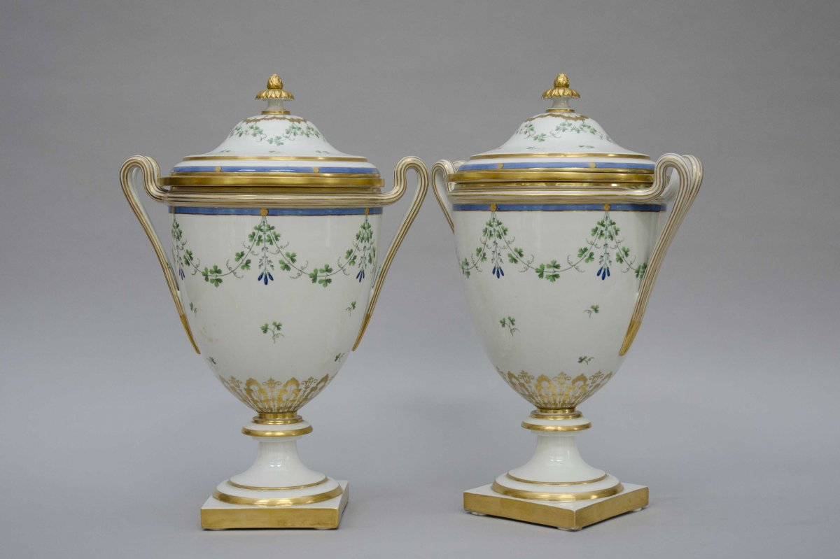 Large Pair Of Coolers, Vienna Porcelain 18th Century