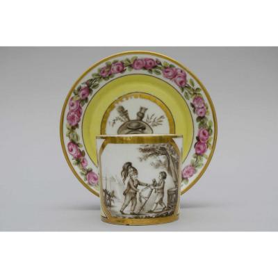 Grand Gobelet Litron 1e Grandeur, Scène En Grisaille, Fond Jaune, Sèvres 1795-1799