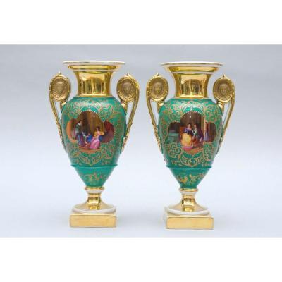 Paire De Petits Vases Verts En Porcelaine De Paris, 19e Siècle