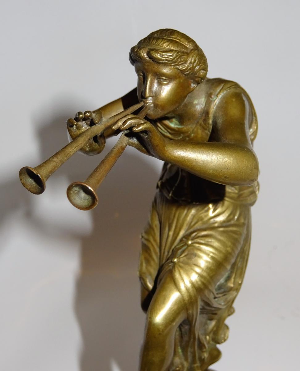 Bronze - La Muse Euterpe Jouant De L'aulos