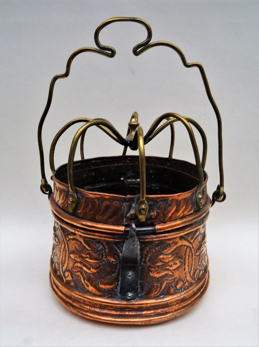 "Bed Heater 18th Century Dite ""spider"""