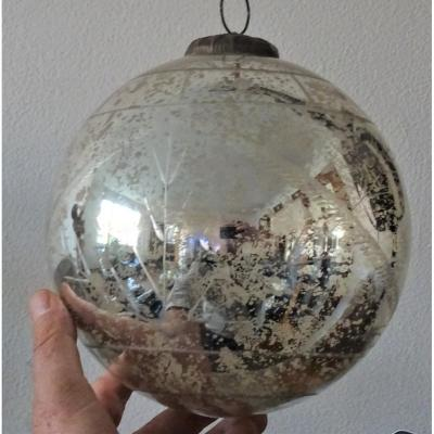Huge Ball Of Pardon In Eglomised And Cut Glass 19th