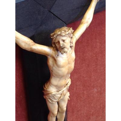 Crucifix En Ivoire De Dieppe XVIII