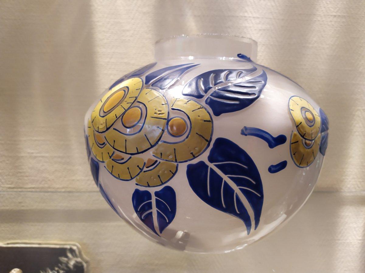 Vase En Verre Emaille  Art Deco XXème.