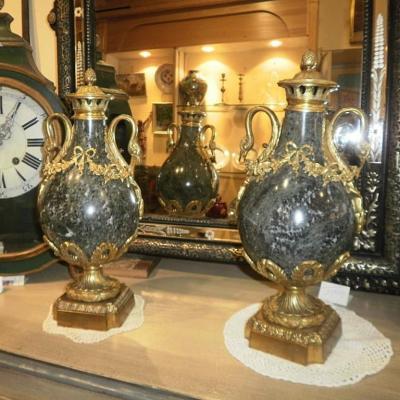 Vases En Marbre - XIXème