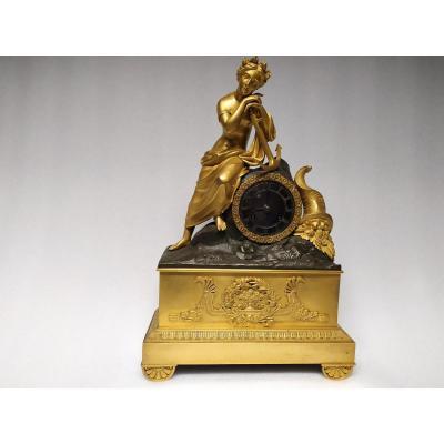 Gilt Bronze Clock With Double Patina - XIXth.