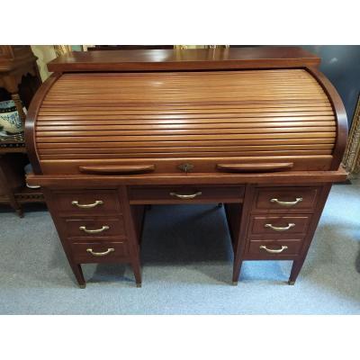 American Mahogany Desk - XXth Century.