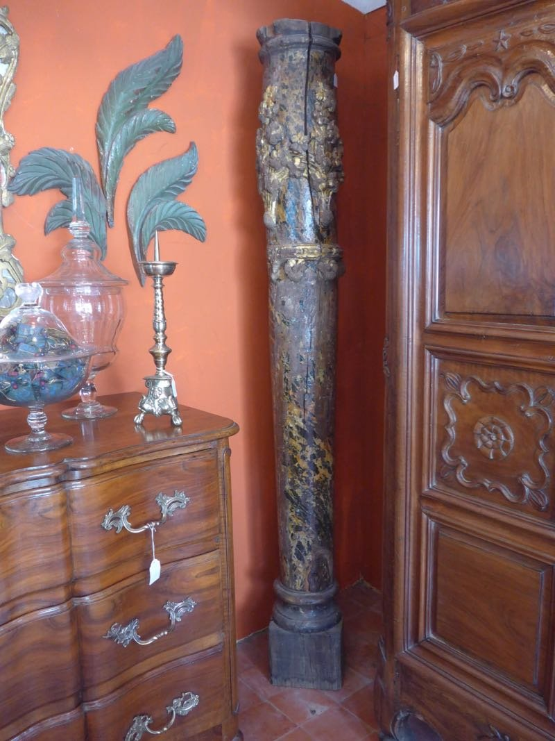 18th C Pair Of Columns In Carved Wood XVIIIth -