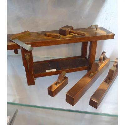 Miniature : Workbenches And Cabinetmakers Tools