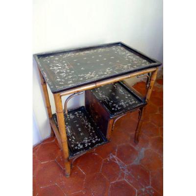 Table àThé à Incrustation de Nacre