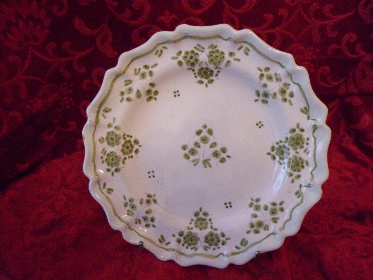 Eighteenth Moustiers Earthenware Plate