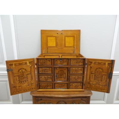 Petit Cabinet D époque 17e Siècle