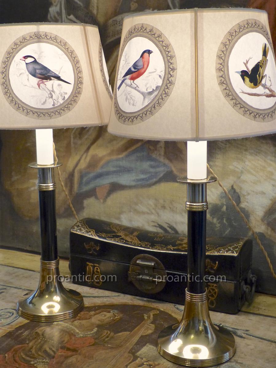 Paire de bougeoirs Art Déco montés en lampes, laiton et ébène, XXe