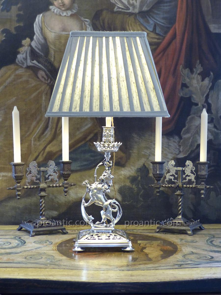 Lampe Bougeoir Lion Héraldique Bronze Argent, XIXe