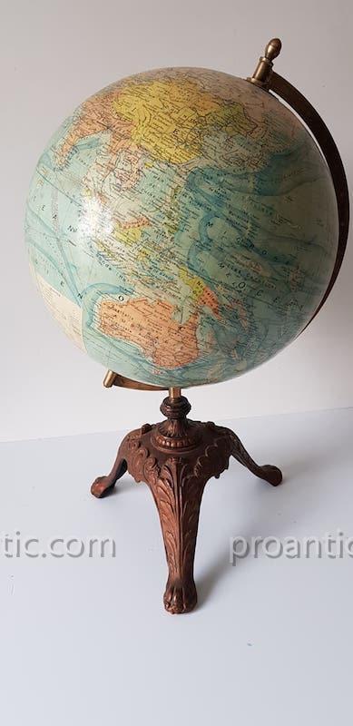 Globe Terrestre J.Forest  Paris  Pied Fonte 1910