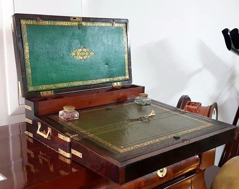 Grand Coffre écritoire Marine De 1820 En Palissandre Et Laiton
