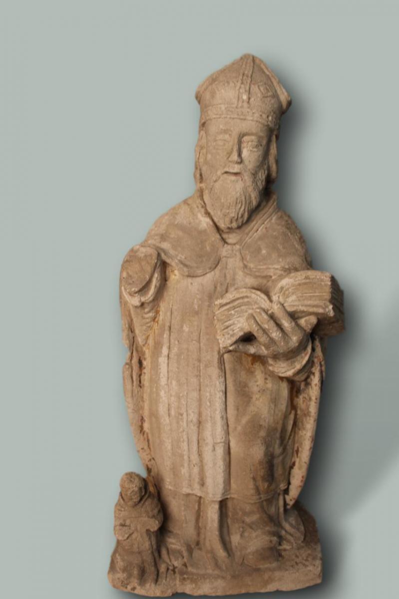 Statue En Pierre Representant Un Eveque Ou Un Saint XVIIeme