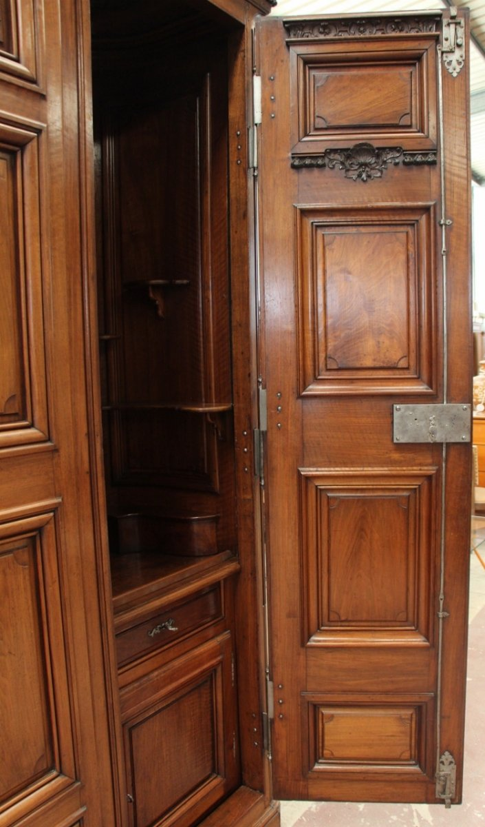 Important Chateau Presentation Cabinet, Regency Eighteenth Time-photo-1