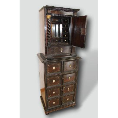 XVIIth Cabinet In Rosewood And Tin Fillet