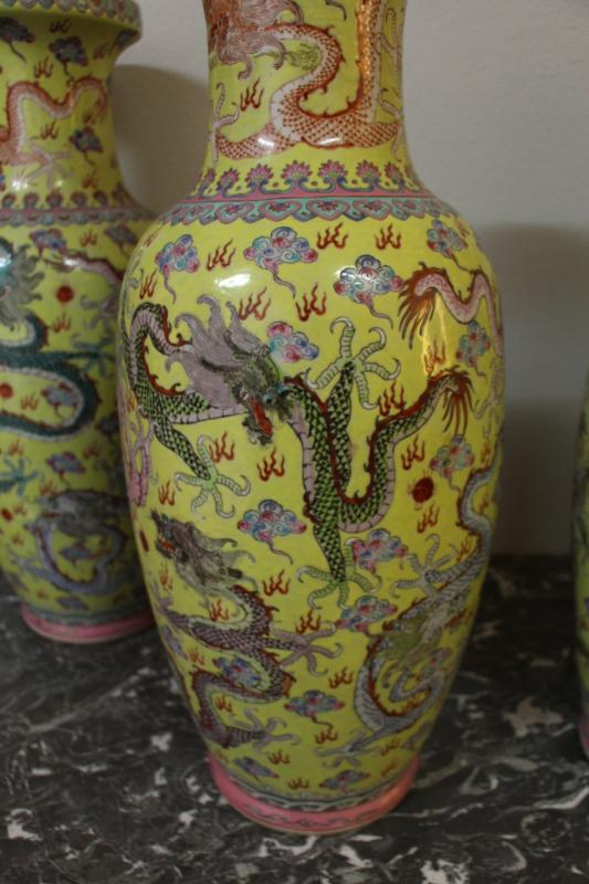 Suite Of Four Large Porcelain Vases, China Early Twentieth-photo-4