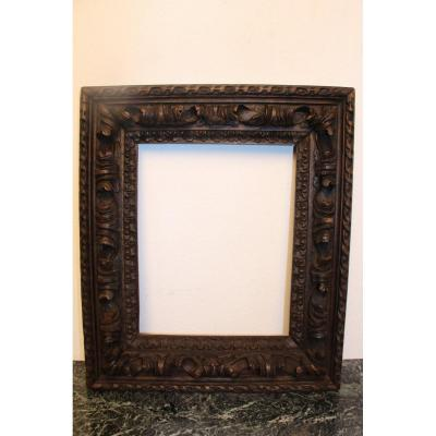 17th Century Oak Frame Carved With Acanthus Leaf