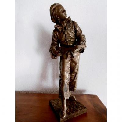 """Statue En Bronze Représentant Un Personnage Dit """"pierrot""""."""