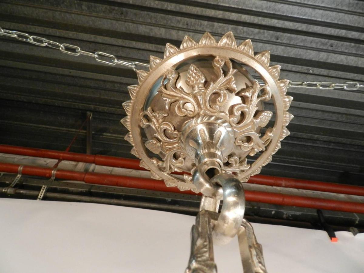 Grand Lustre 19eme En Bronze Argenté,décor De Personnages -photo-4