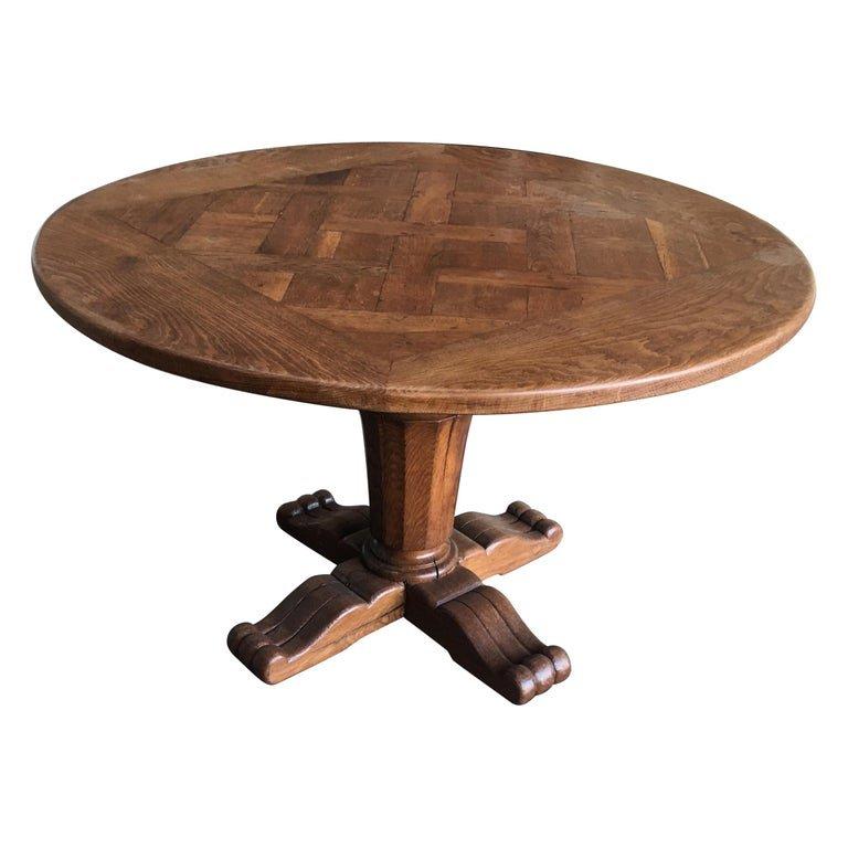 Table Gueridon De Style Louis XIII En Chêne Massif, Circa 1950