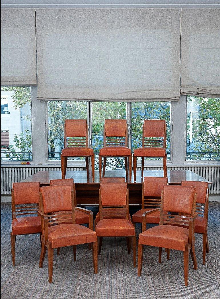 Rare Suite De 9 Chaises Et 2 Fauteuils Art Deco En Acajou Et Cuir Circa 1940