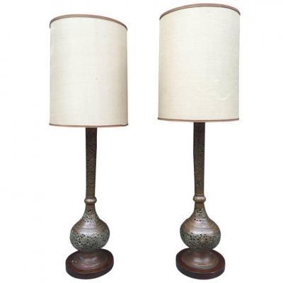 Paire De Grandes Lampes Style Orientale En Laiton Circa 1930