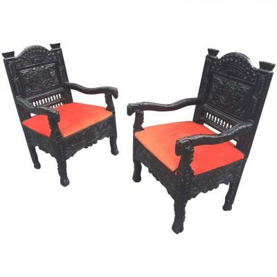 Pair Of Armchairs Bretons In Chataigner, Epoque 19th, Coat Of Arms