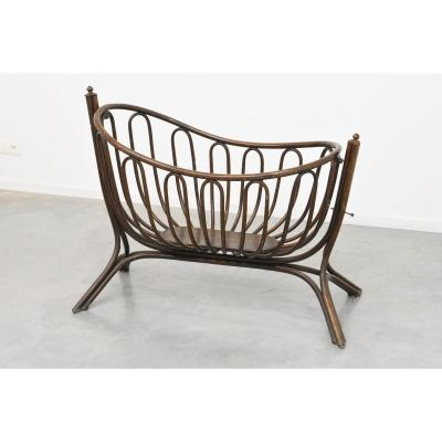 Large Crib Art Nouveau Fitted Wood, Attributed To Thonet, Circa 1900