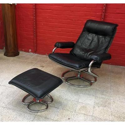 Vintage Armchair And Its Footrest, In Chromed Metal And Leather Circa 1970