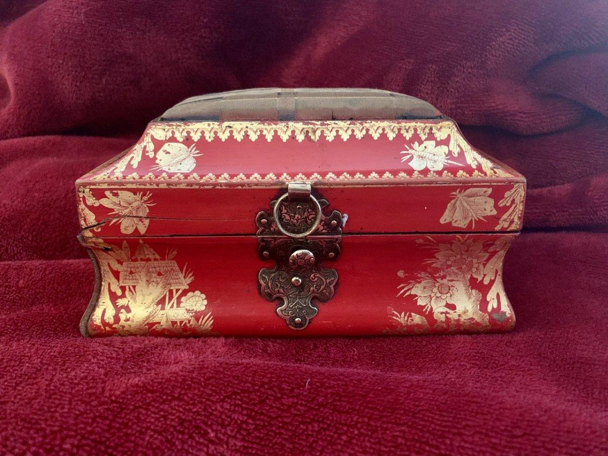 Belle Boîte En Laque Rouge XVIIIe -photo-2