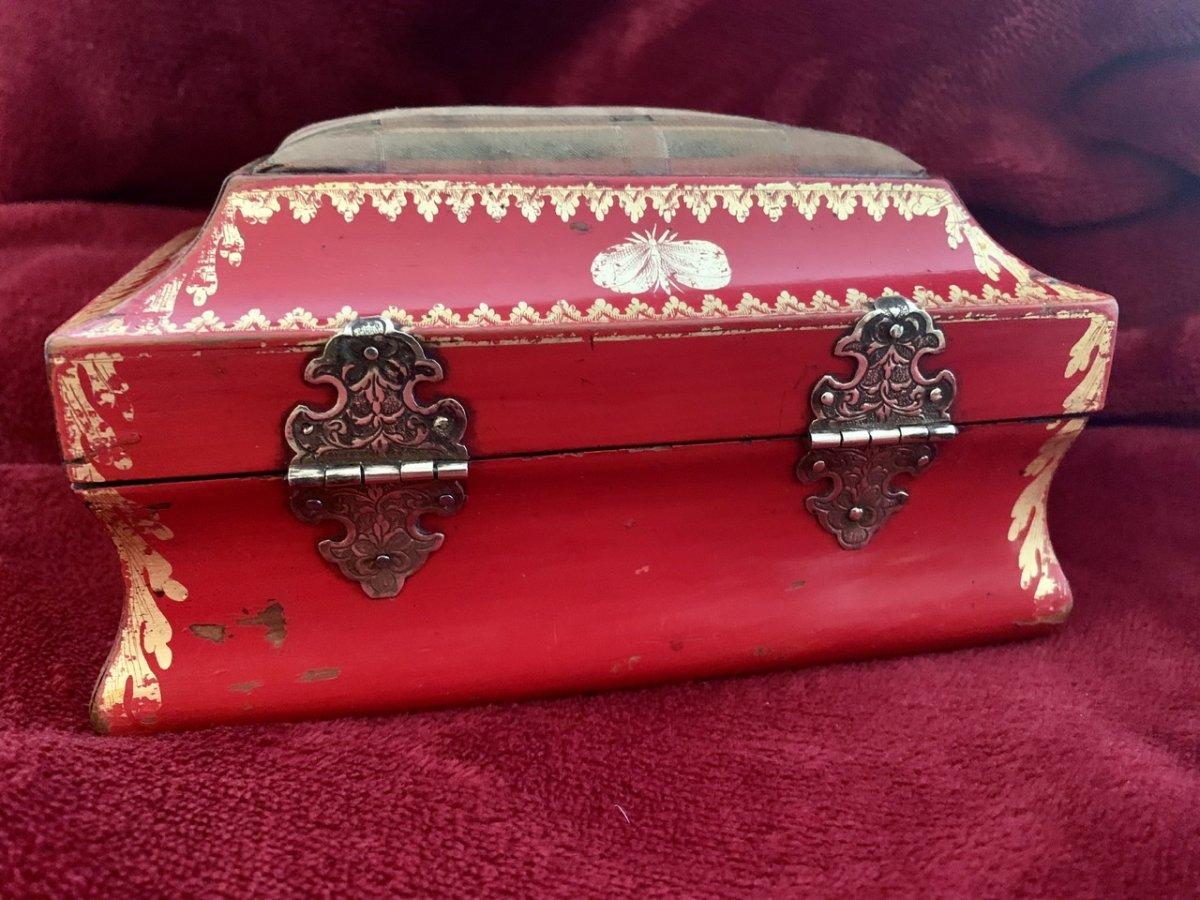 Belle Boîte En Laque Rouge XVIIIe -photo-3