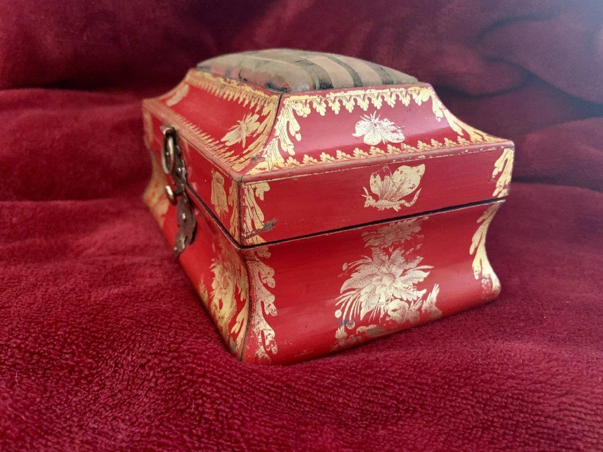 Belle Boîte En Laque Rouge XVIIIe -photo-4
