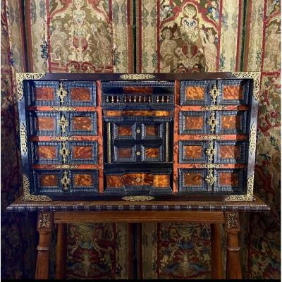 Beau Cabinet Italien XVIIe Siècle