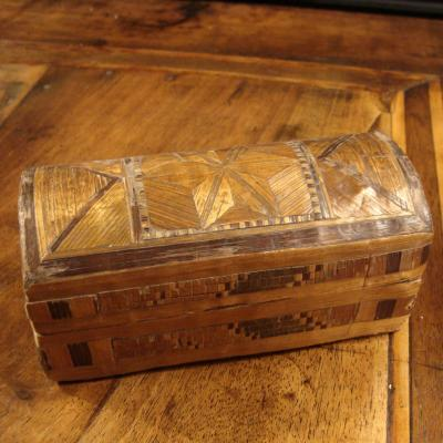 Small Box Marquetry Straw 18th