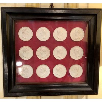 12 Plaster Medallions Representing 12 Roman Emperors Attributed To Norbert Roëttiers 1666/1727