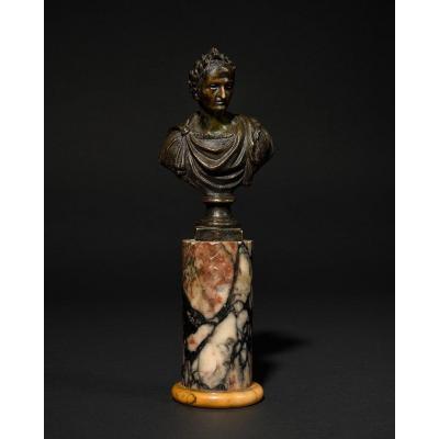 Buste D'empereur Romain Sur Une Base En Marbre – XVIIIe Siècle