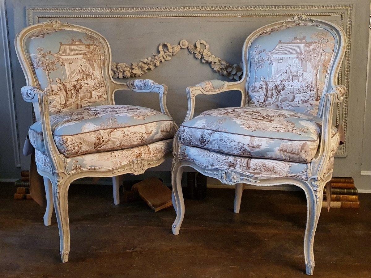 Paire De Cabriolets Laqués De Style Louis XV