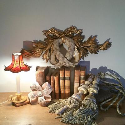 Sculpture Ornementale De Style Louis XVI